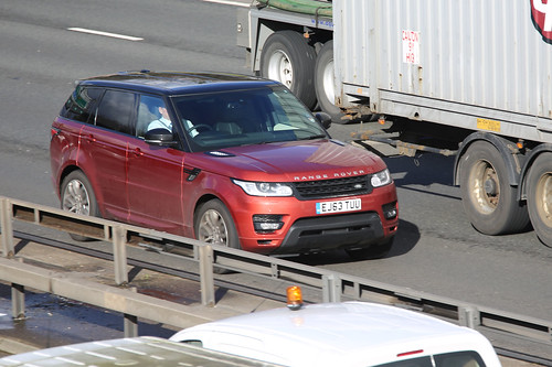 Range Rover rentals Toulouse
