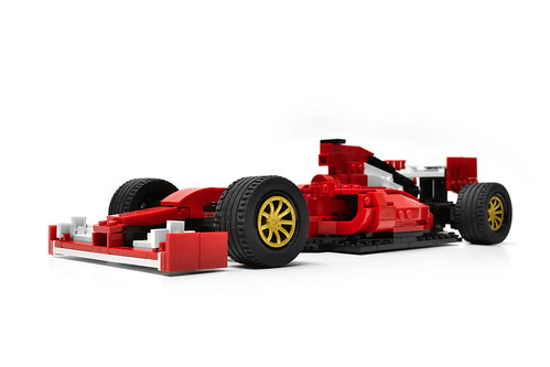 Ferrari F14 T (4)