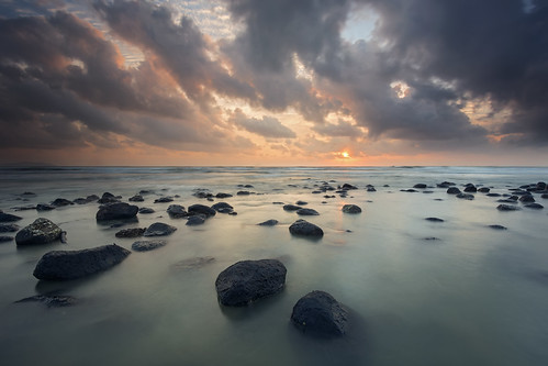 new morning black beach stone sunrise day cloudy breath pahang beserah newbreath visitmalaysia2014