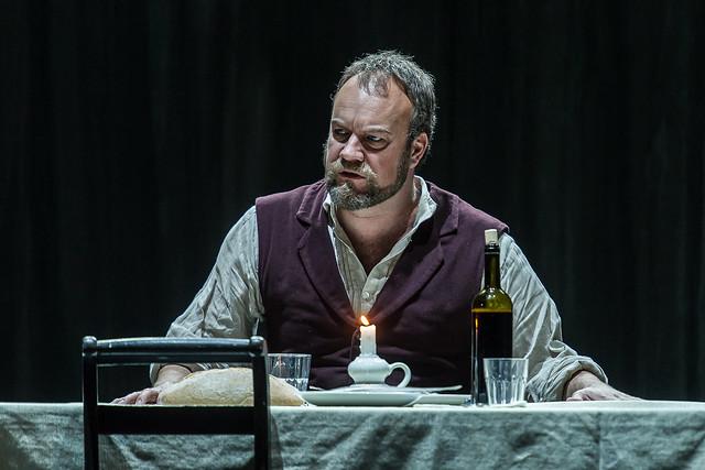 Johan Reuter as Barak in Die Frau ohne Schatten © ROH / Clive Barda 2014