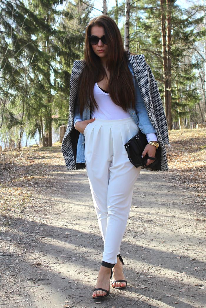 white pants 119
