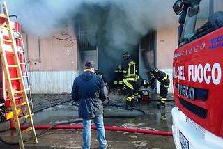 Noicattaro. Incendio deposito Ecologica Pugliese frooont