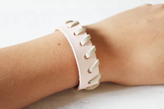 How to make a leather woven bracelet www.apairandasparediy.com