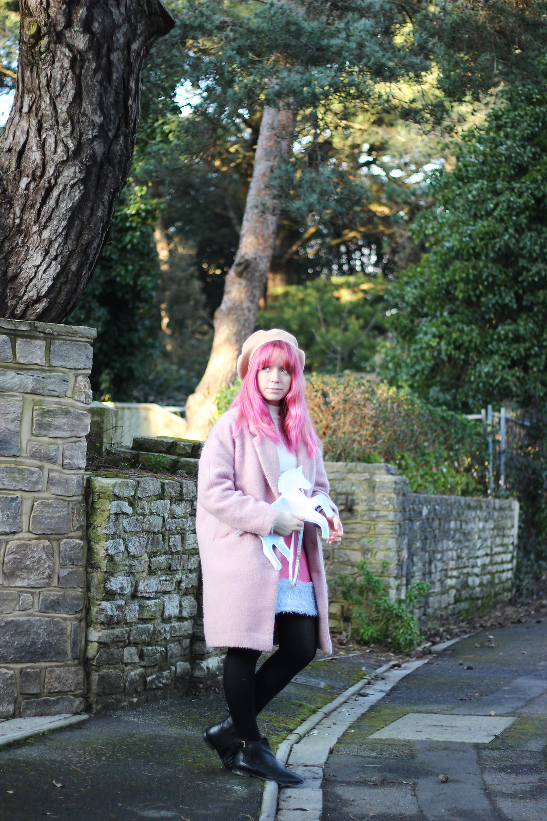 5-pink-hair-unicorn, pastel hair, blogger-outfit