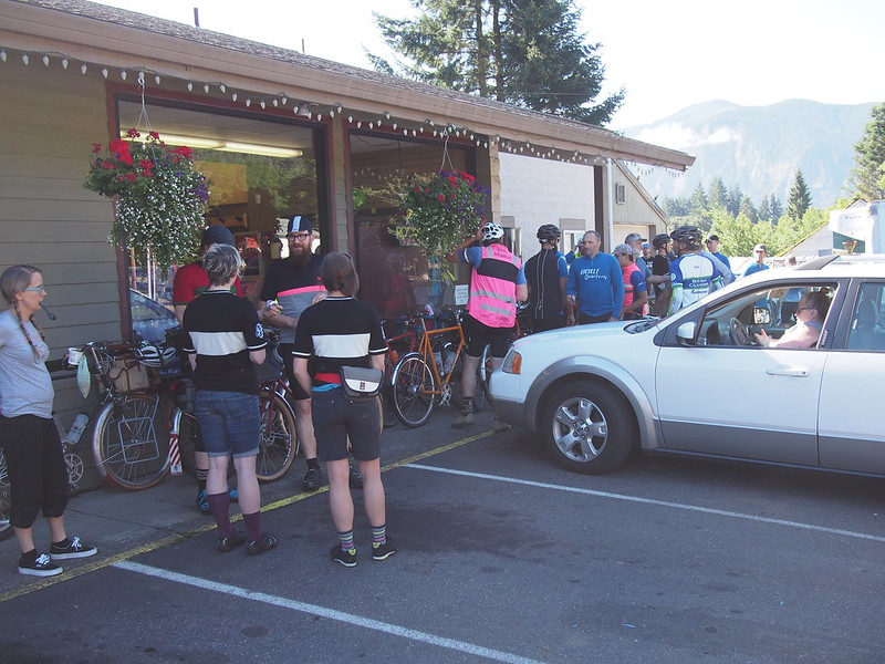 Un-meeting at the Carson General Store: This was where we all met and mingled before setting off.