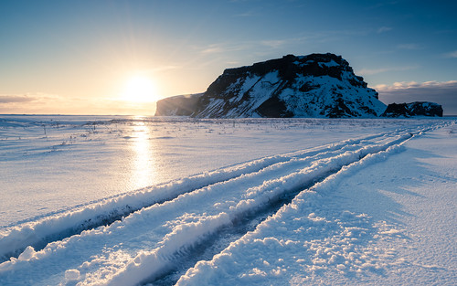 sunset iceland mýrdalsjökullglacier travel landscape winter mýrdalssandur nature twilight mountain nordic snow suðurland europe season hjörleifshöfði dusk halflight lýðveldiðísland republicoficeland southernregion ísland south