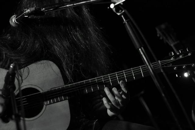 O.E. Gallagher solo live at Adm, Tokyo, 01 Jun 2013. 071