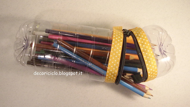 porta-matite bottiglia di plastica 5