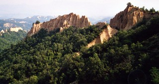 Bulgarie  cheminées de fée de Melnik, Sandstone erosion - Melnik, Pirin, Bulgaria