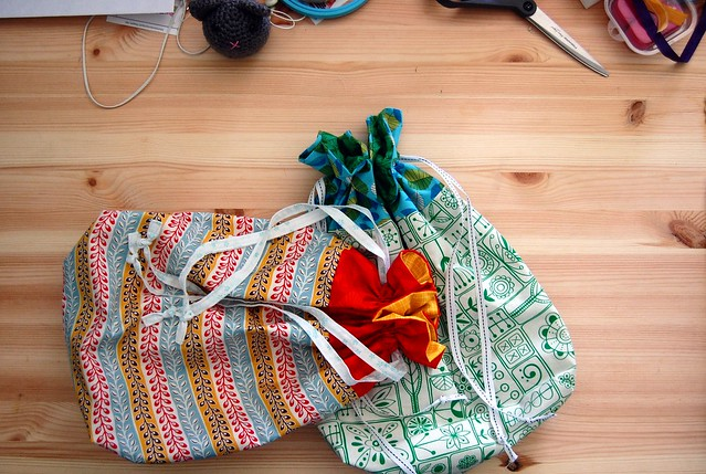 FOs: Gifty Drawstring Bags
