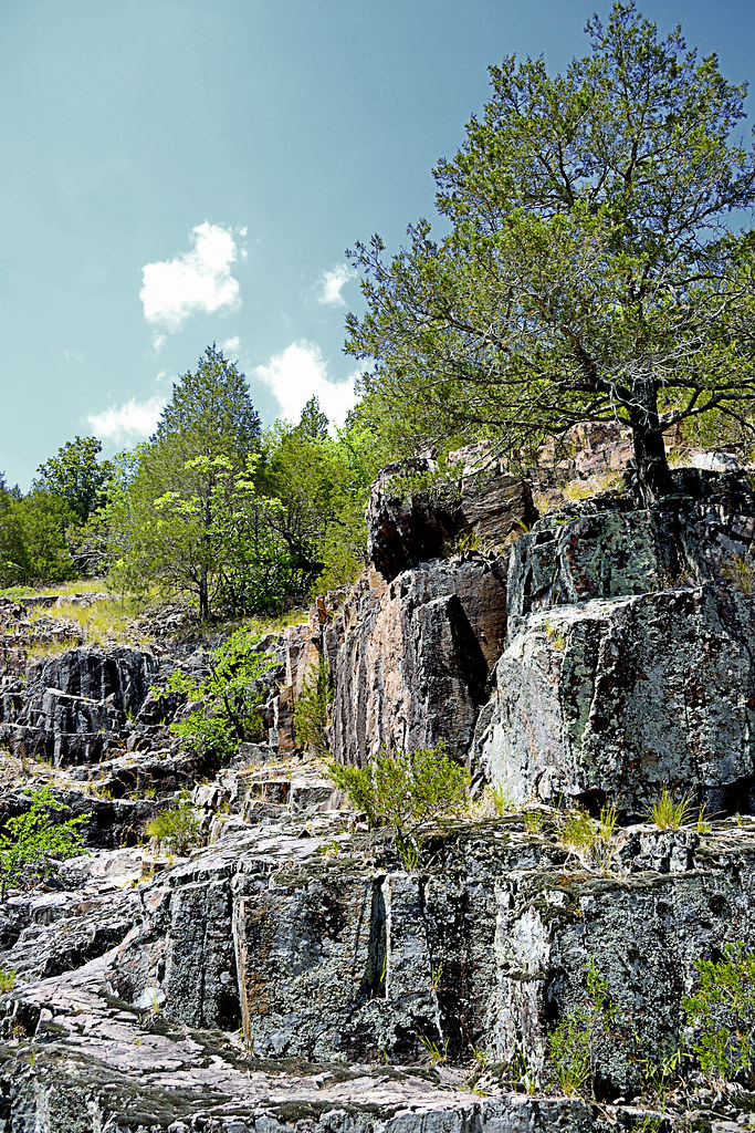 Local Treks: Lower Rock Creek formations
