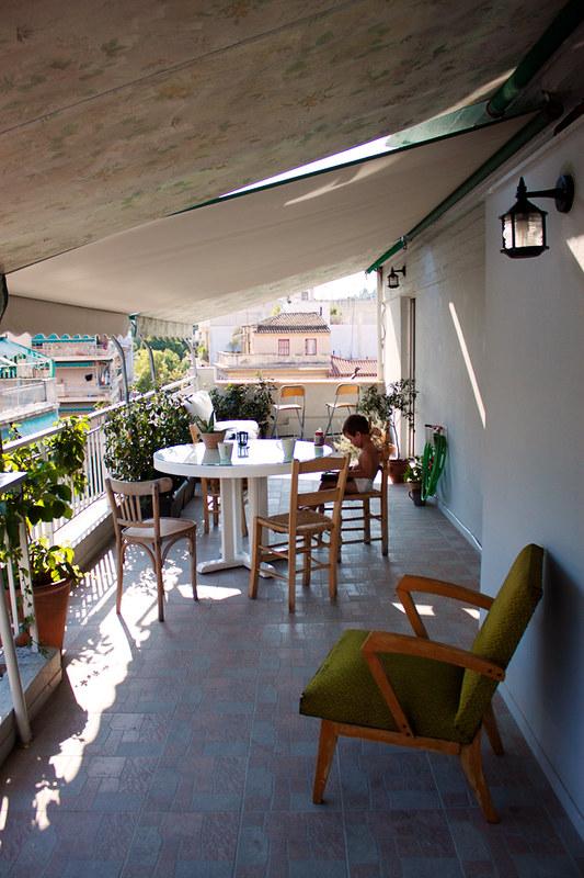 pol en la terraza