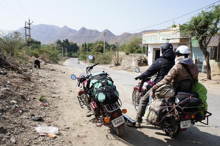 Мототрип по Индии 2013. Часть 2 - Удайпур, Патан, Модхера