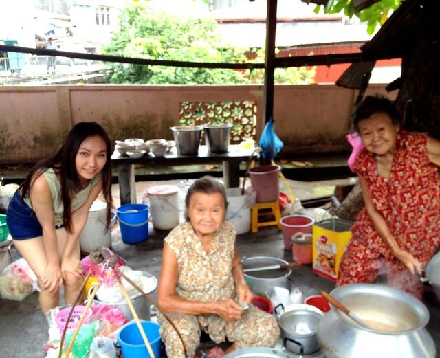Sisters Curry Laksa