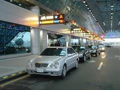 機場接送服務-優派租車-http://upacar.com 24h服務專線(02)8668-0888 賓士車隊機場接送
