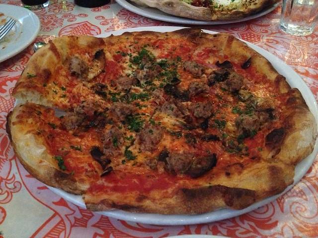 Moto pizza - Ragazza