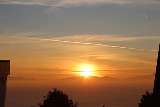 Image of  Sun. wolken berge uetlibergutokulmhotel