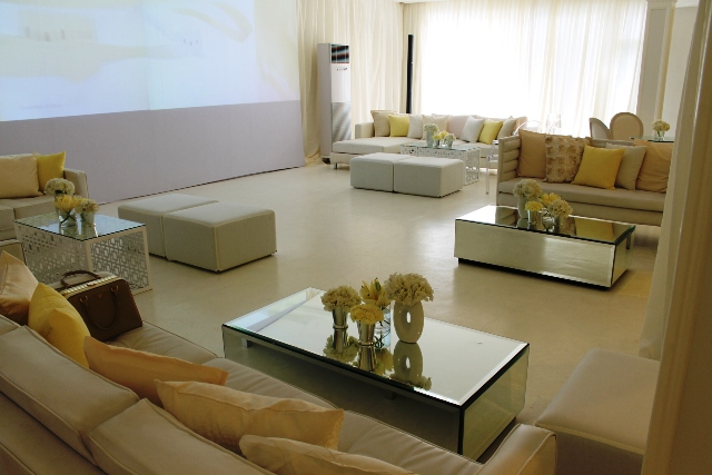 Lounge for Clinique