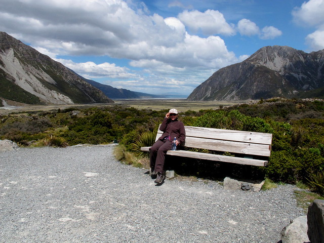 Walks: Hooker Valley Path