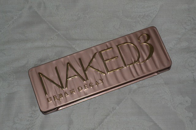 Lucy's Naked 3 Palette Review (Guest Post)
