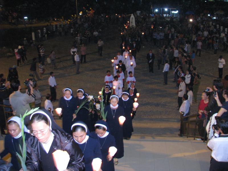 Lễ Mẹ Vô Nhiễm tại trung tâm Tà Pao. 119