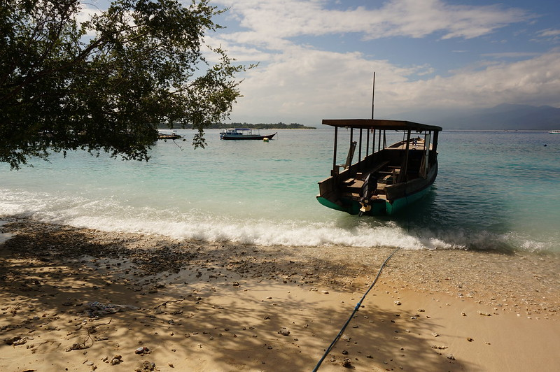 Beautiful beach and crystal clear water at the Gili Trawangan, Indonesia.