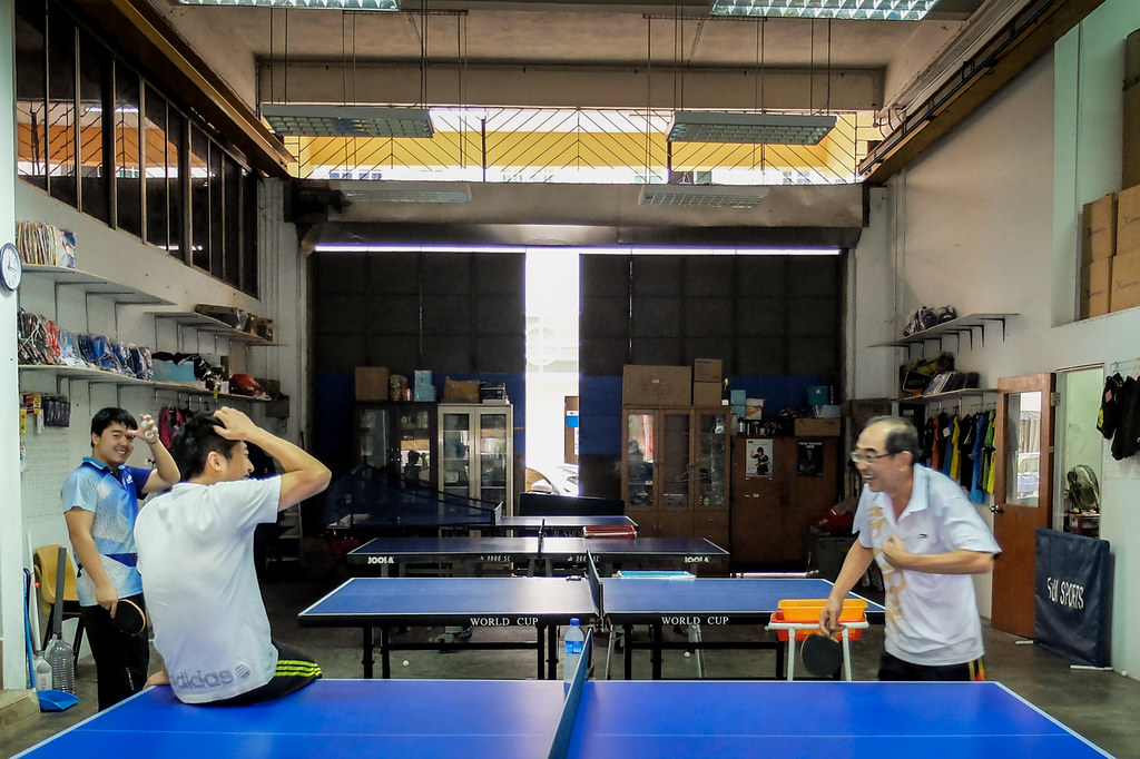 Happy Table Tennis