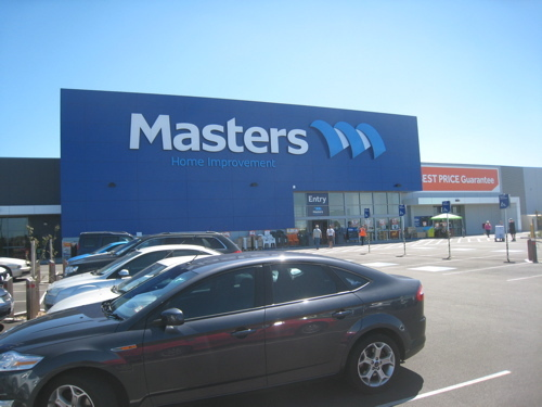 """Masters is """"worth persevering"""" with according to former Woolworths executive chairman Paul Simons"""