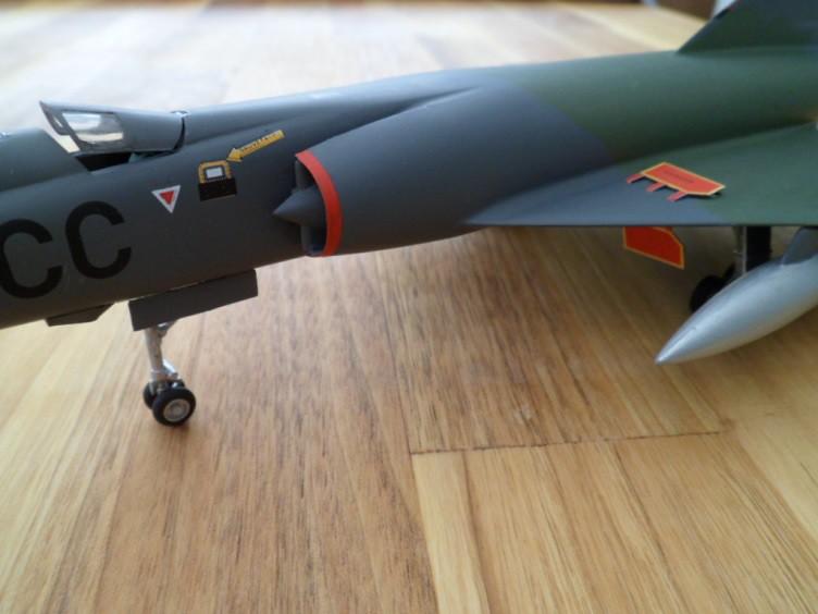 Numéro 56 [Heller Dassault Mirage IV A - 1/72] 12890258495_78d9349805_b