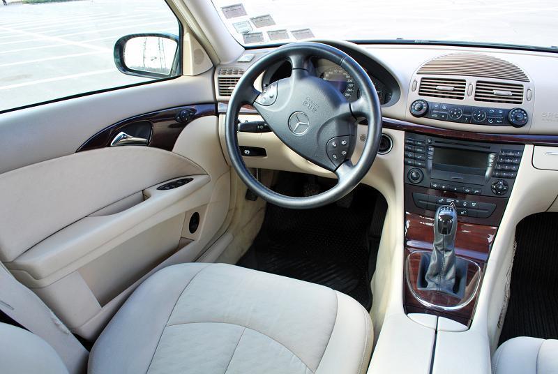 Mercedes e220 interior mercedes benz e class 2009 2016 for Cdi interior design