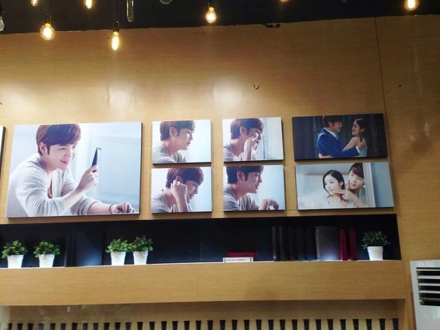 [pics] Yalget Exhibition Stands with Jang Keun Suk Images at Shanghai Cosmetic Expo_20140507 14104017906_5230622524_z