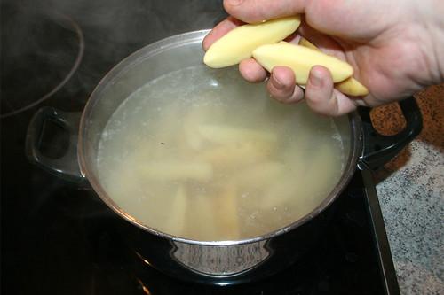 45 - Kartoffeln kochen / Cook potatoes
