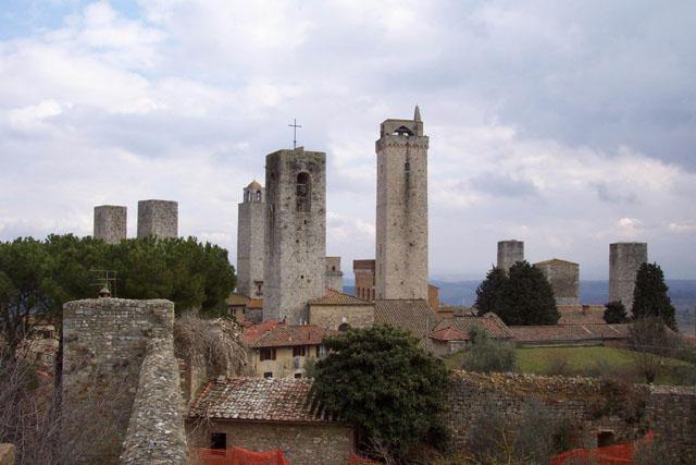 Una vista de las torres. © Paco Bellido, 2003