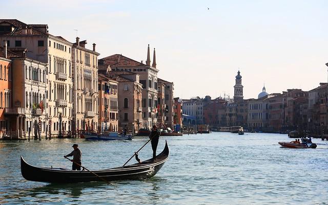 PS兔~兔兔兔~ - u65e5u6c90  Solarium ~ Grand Canals Cape  @ Rialto Market & Ponte di Rialto, Venezia  u5a01u5c3cu65af~
