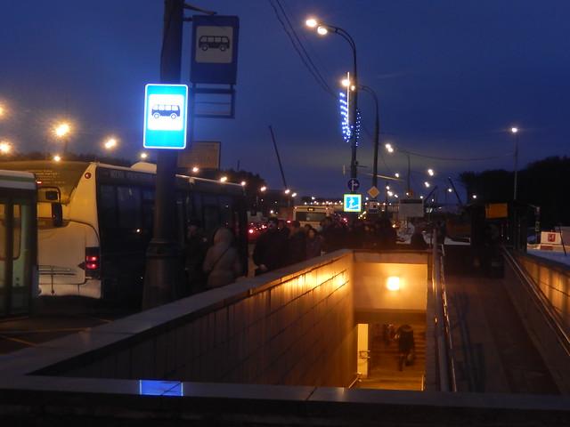 Проходящие автобусы там по