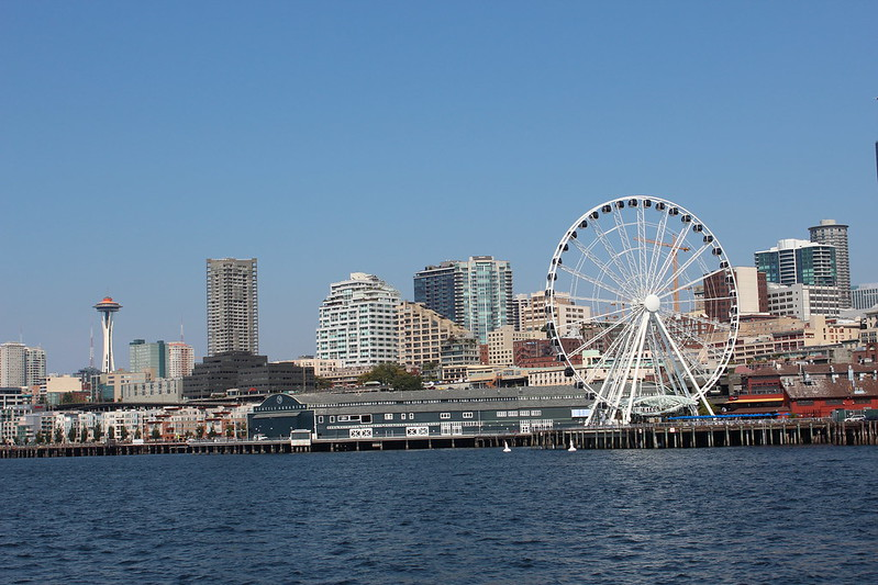 Seattle Ferris Wheel with Space Needle
