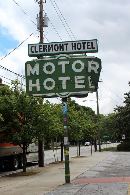 Clermont Hotel Atlanta Room