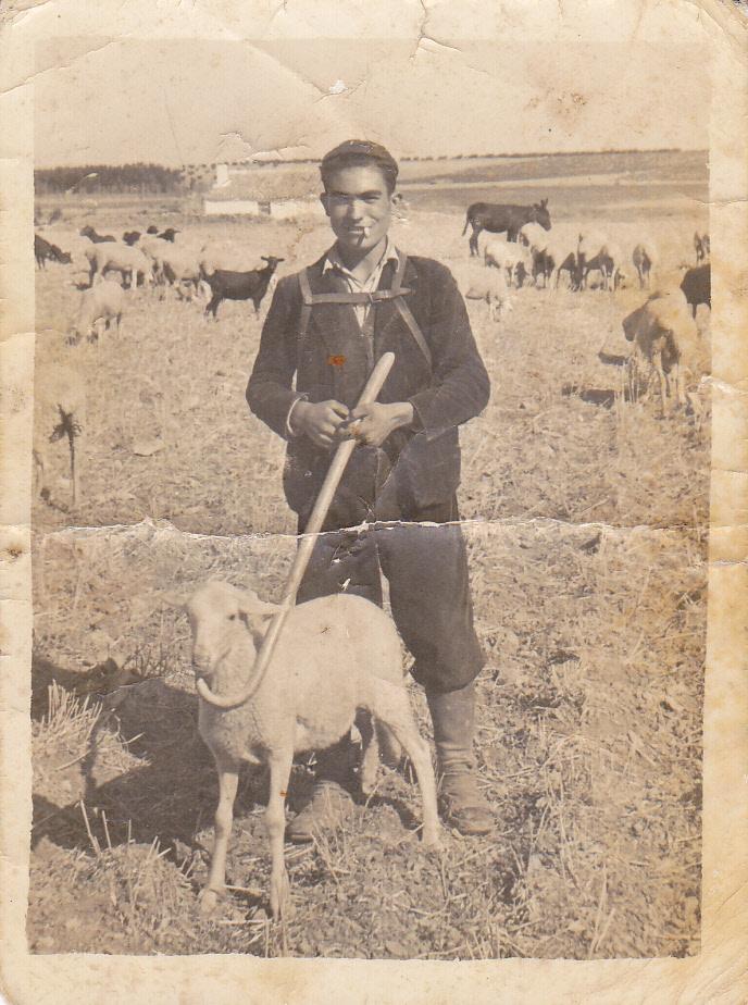 Pastor de La Mancha en los años 50. Autor, Isidro Alcázar