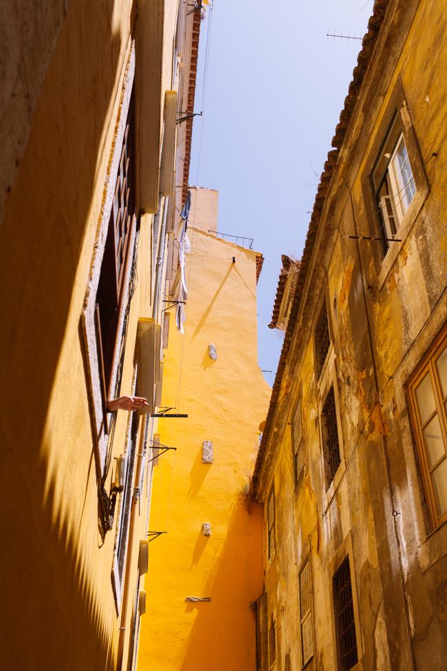 Lisbon yellow
