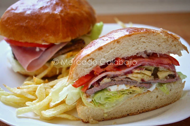 El Gran Chivito Uruguayo Un Sandwich De Fama Universal | 2017-2018 Car ...