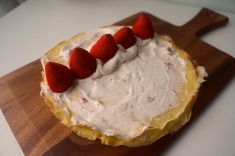 Strawberry Crepe Roll Recipe