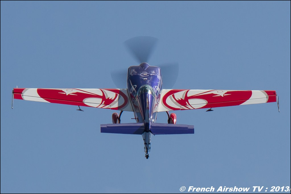Extra 330SC EVAA , Meribel Air Show 2013