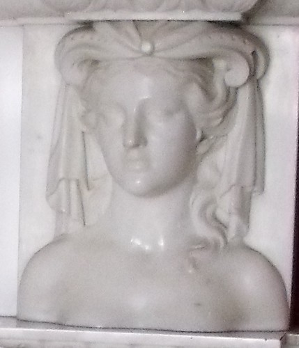 female bust by stephencritchley