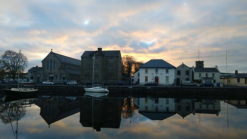 cameraphone trees ireland winter sunset sky urban reflection galway church water clouds zeiss boat nokia day cloudy claddagh carlzeiss claddaghbasin