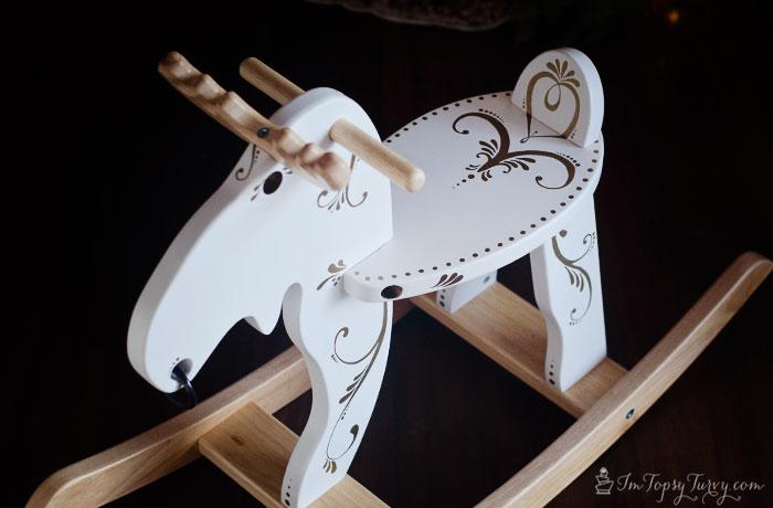 Christmas-rocking-moose-sharpies-design-#StaplesSharpie