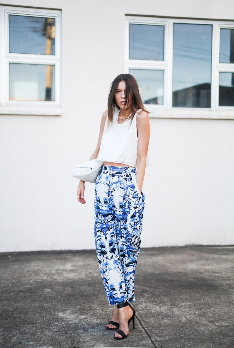 modern legacy fashion style blogger australia Christmas outfit party Three of Something printed pants crop top summer street style (2 of 9)