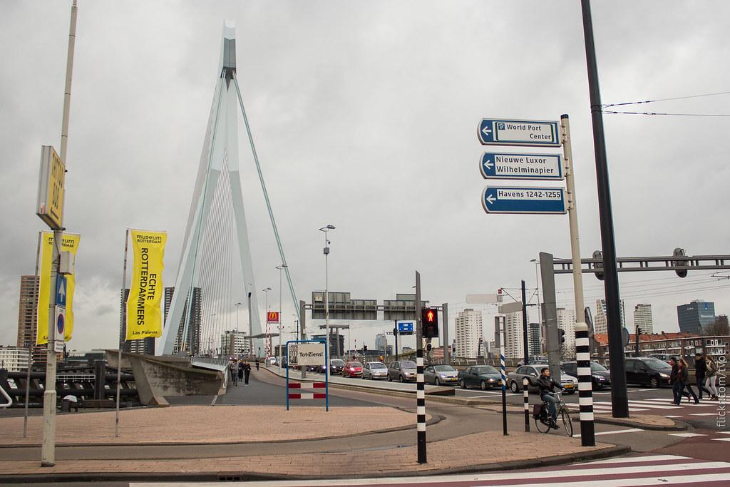 Мост Эразма и площадь Вильгельмины в Роттердаме