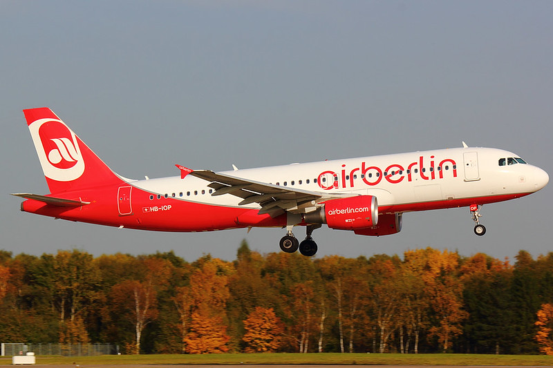 Air Berlin - A320 - HB-IOP (2)