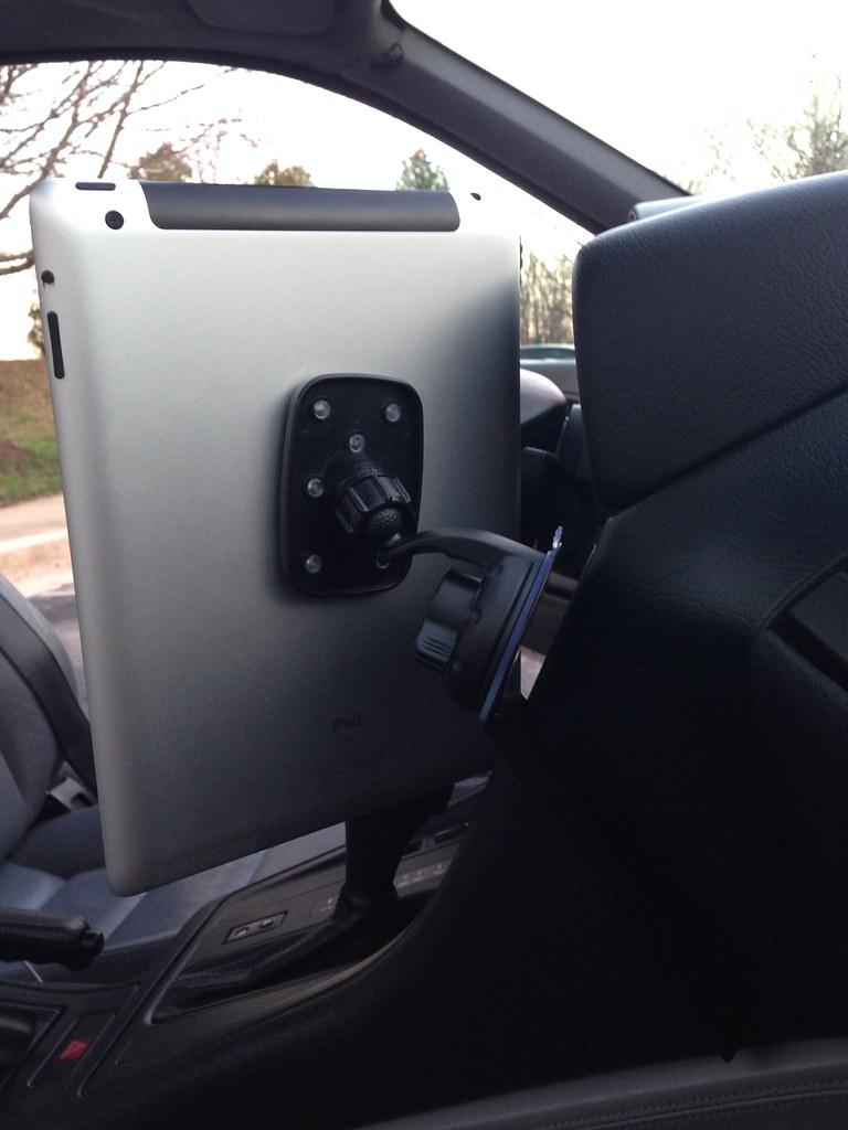 ultimate navigation system and cool engl 39 s mount for e31. Black Bedroom Furniture Sets. Home Design Ideas
