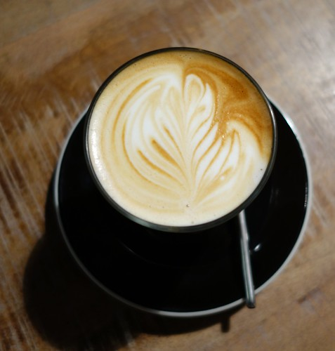 Latte at RONIN